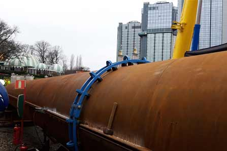 Application of hydraulic external pipe clamp